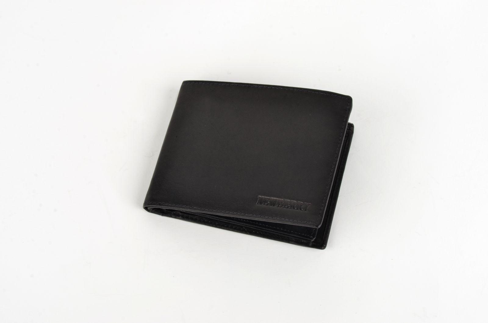 Pánská peněženka z vepřové kůže New Berry 877 černá E-batoh