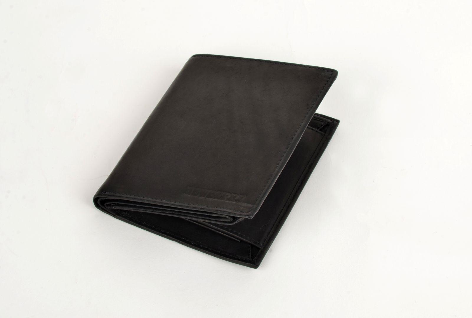 Pánská peněženka z vepřové kůže New Berry 809 černá