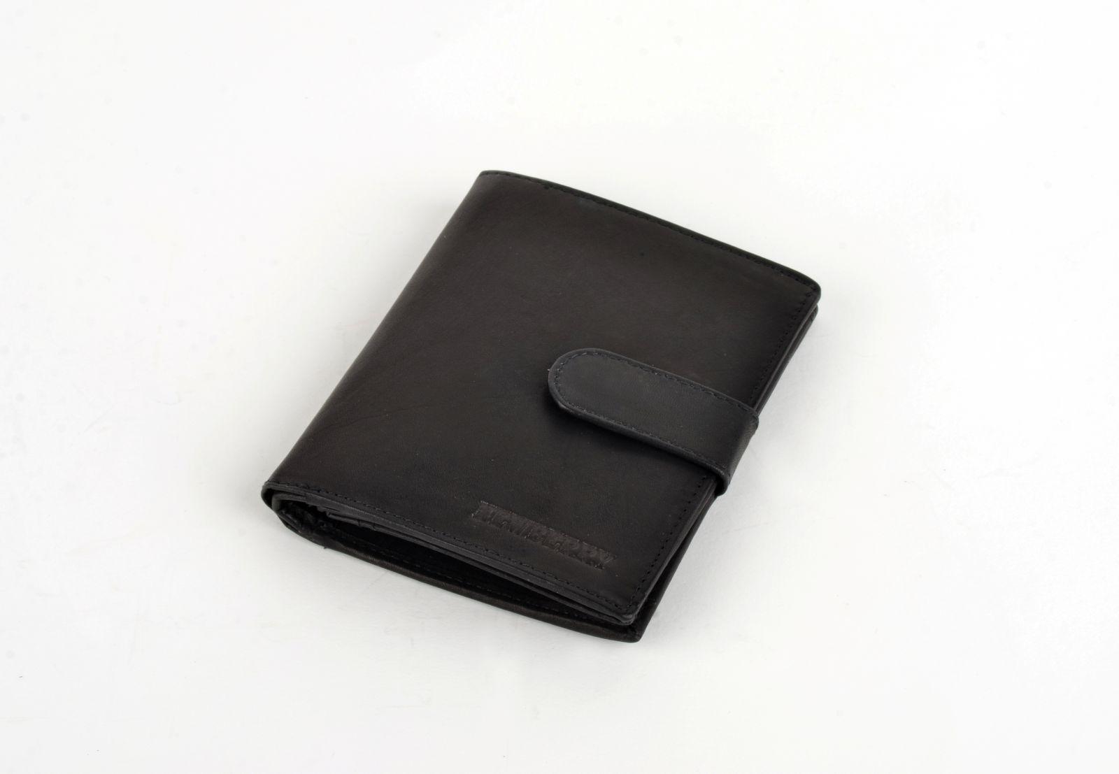 Pánská peněženka z vepřové kůže New Berry 892 černá E-batoh