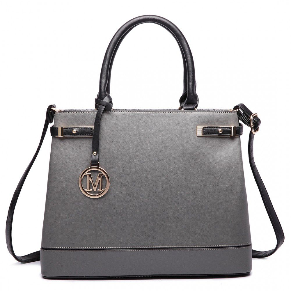 Kvalitní dámské kabelky do ruky a kabelky přes rameno ( Strana 7 ) 222088960b