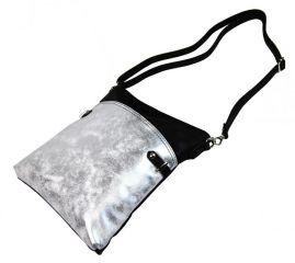 Elegantní malá dámská crossbody kabelka 16216 černo-stříbrná Tapple E-batoh