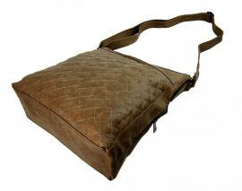 Velká tmavě hnědá crossbody kabelka z broušené kůže 613-3 Tapple E-batoh 1ecd0ec99c8