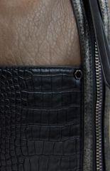 Dámská crossbody kabelka s čelní kroko kapsičkou F-014 přírodní hnědá Sun-bags E-batoh