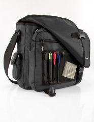 Praktická polyesterová taška přes rameno s klopou Travelite Basics Messenger Bag Black E-batoh