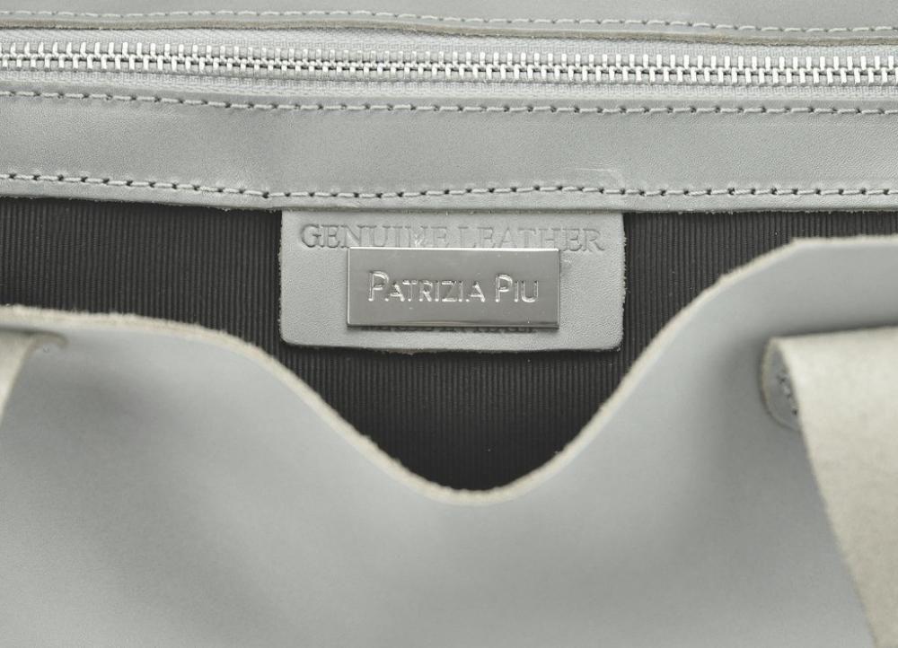 5ddbcf1f8f Velká modrá kožená dámská shopper kabelka Patrizia Piu E-batoh