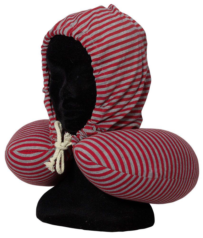 Cestovní krční polštářek s kapucí