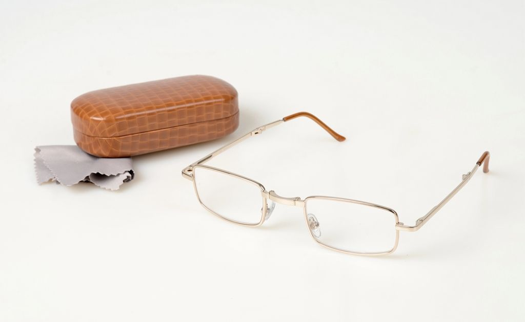 SKLÁDACÍ dioptrické brýle +1,50 s pevným pouzdrem 3